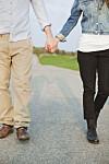 BLI SAMMEN?: Før du blir sammen med personen du dater, er det viktig å ha enkelte ting klart for seg, som hvordan dere ser på fremtiden.  Foto: Maskot