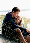 ROMANTISKE FILMER: Vi kvinner elsker å se romantiske filmer, som for eksempel Dear John, men visste du at slike filmer kan ha en negativ effekt på enkelte av oss?   Foto: Mary Evans Picture